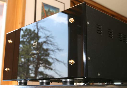 One of the Audio Note M10 preamplifier's Galahad power supply