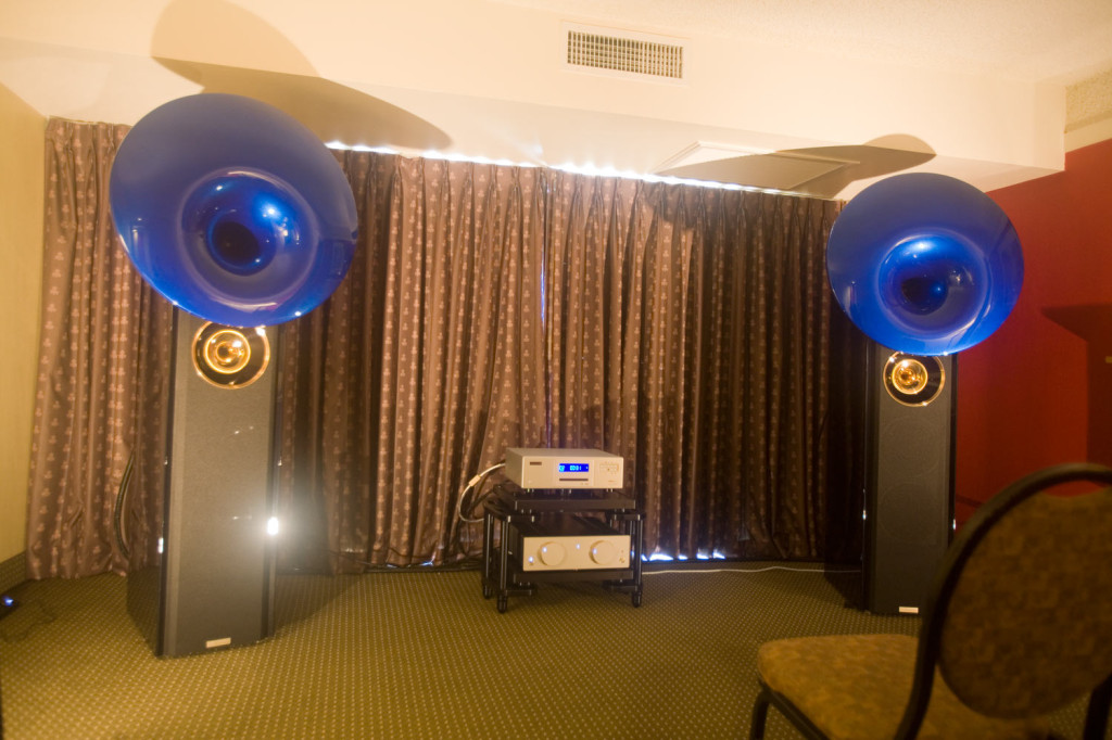 IMG_7908-acapella-atlas-loudspeakers