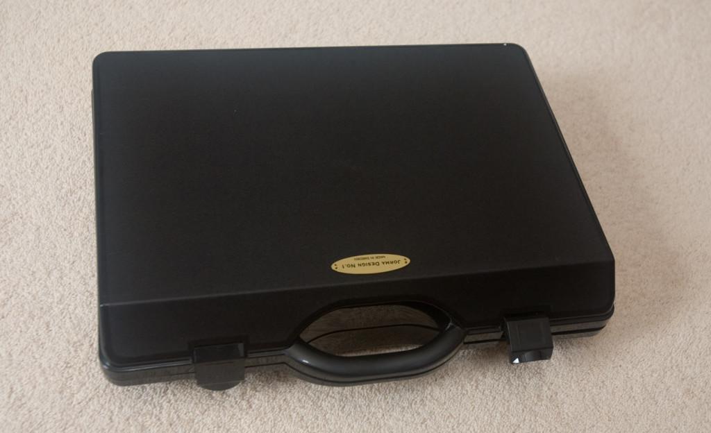 IMG_8172-jorma-design-no1-cable-case