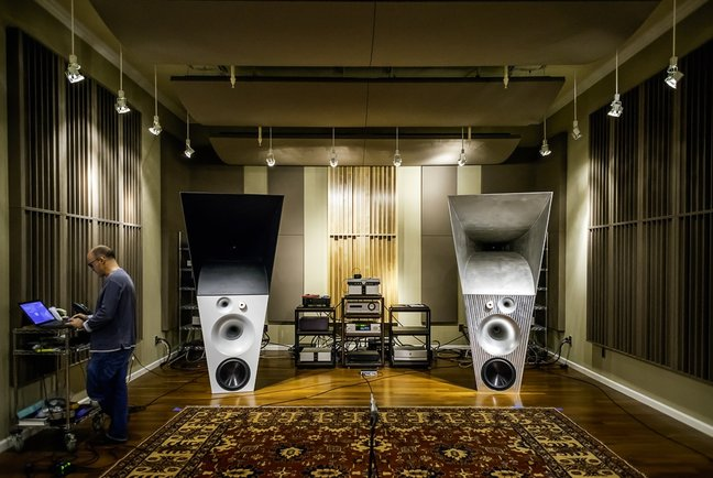 High End Audio Munich 2014 Jv And Magico Ultimate Iii