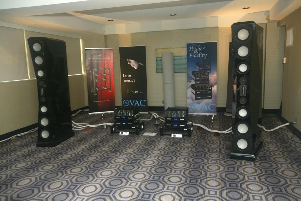 IMG_9727-la-audio-show-von-schweikert-speakers