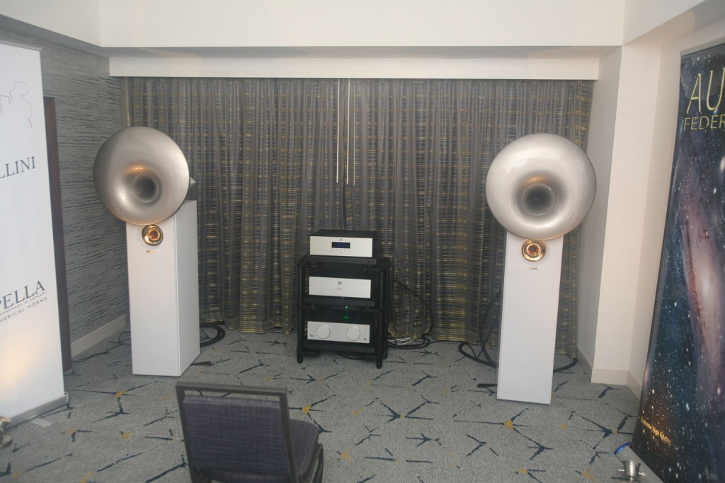 IMG_9740-la-audio-show-audio-federation-and-acapella-cellini