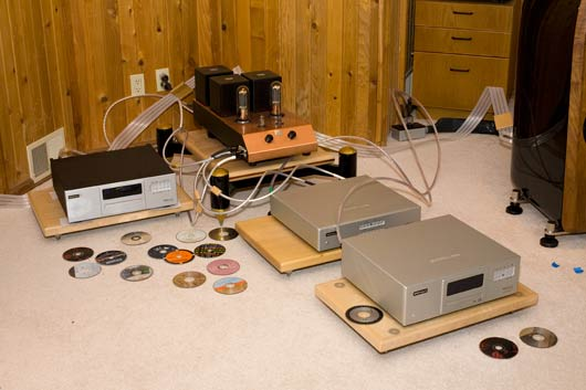 Breaking in Sound Lab Ultimate loudspeakers and Audio Note M10 preamplifier together