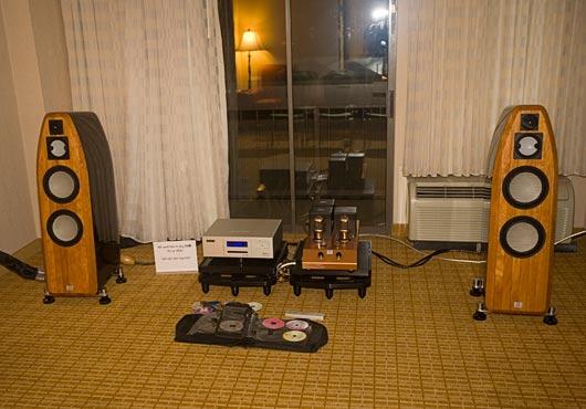 Marten, Audio Note, Emm Labs at RMAF